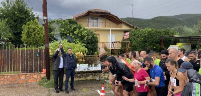 """Αγρίνιο: Με βροχή η εκκίνηση του 13ου Ημιμαραθωνίου """"Μιχάλης Κούσης"""""""